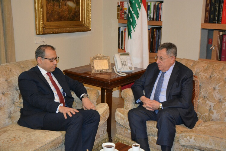 السنيورة استقبل السفير المصري ومفوض العلاقات الوطنية في فتح