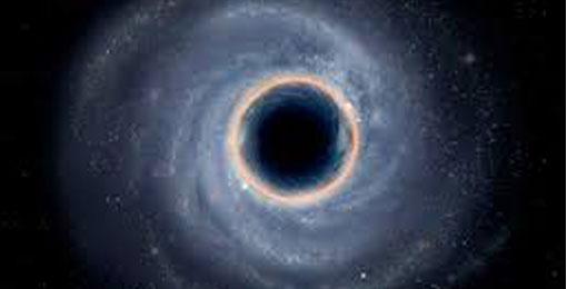 """الثقوب السوداء تنفّث ال """"Spitballs"""" بعد التهام النجوم"""