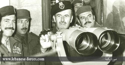 """""""صورة وكلمة"""": حافظ الأسد يقود انقلاباً عسكرياً على رفيق دربه"""