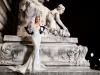 شوارع باريس مسرحاً لفساتين انطوان القارح
