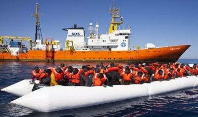 """إيطاليا تتهم """"أطباء بلا حدود"""""""