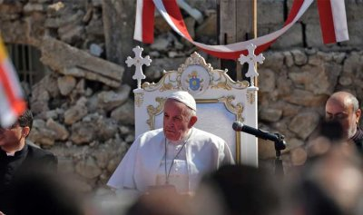 بالصور ـ البابا من الموصل: تناقص مسيحيي الشرق ضرر لا يقدر