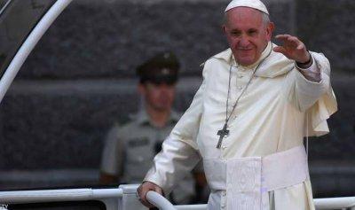 البابا فرنسيس يدعو إلى السلام في الشرق الأوسط