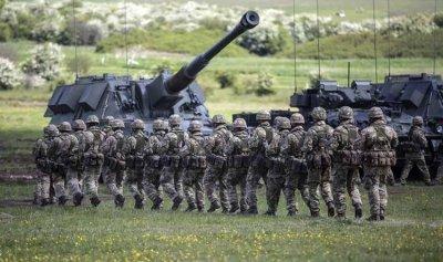 """السويد ترفض إنشاء """"جيش أوروبي"""""""
