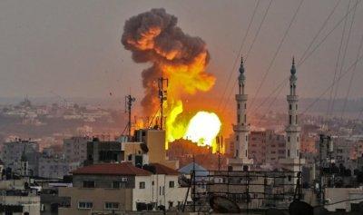 غارات إسرائيلية ردا على قذائف من غزة