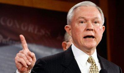 وزير العدل الأميركي يهدد مدن الملاذ الأميركية التي تحمي المهاجرين المجرمين