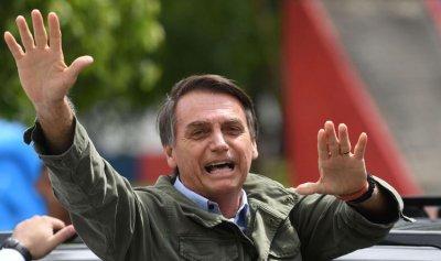 الرئيس البرازيلي يرفض شهادة اللقاح