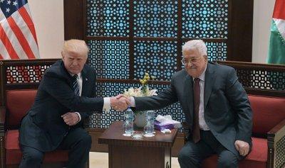 ترامب لعباس: سأعمل على تحقيق السلام بين الفلسطينيين والإسرائيليين