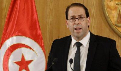رئيس حكومة تونس يواجه نيراناً صديقة