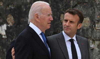 مكالمة بين بايدن ونظيره الفرنسي… هل انتهت أزمة الغواصات؟