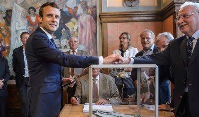 فرنسا تدخل عصر «الماكرونية» السياسية