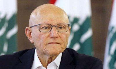سلام استنكر الاعتداء على حافلة للاقباط