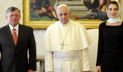 الملك الأردني يزور الفاتيكان الثلثاء والقدس في صلب الأحداث
