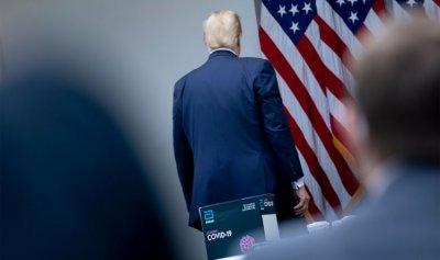 بالفيديو: إجلاء ترمب خلال مؤتمر صحفي