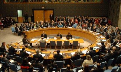 مصر تخطر مجلس الأمن بشأن الغارات على درنة شرق ليبيا