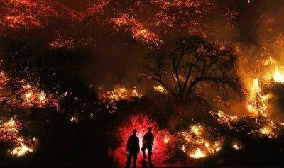 بالفيديو: وفاة رجل إطفاء أثناء مكافحة حرائق كاليفورنيا