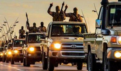 """بداية نهاية """"داعش""""… المسلحون الأجانب يفرون إلى """"الحدود"""""""