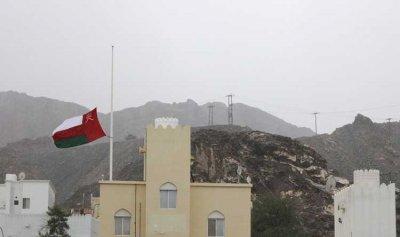 """""""كورونا"""" يغلق حدود سلطنة عمان البرية"""