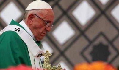 البابا فرنسيس: لبنان مثال لتعايش الأديان