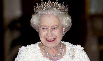 ملكة بريطانيا تلغي رحلتها الى إيرلندا لأسباب صحية