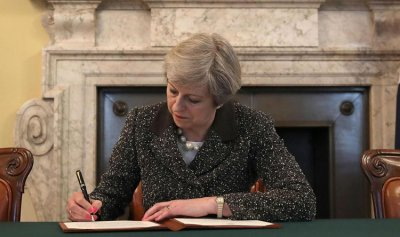 بريطانيا تؤيد مسودة اتفاق بريكسيت