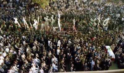 """""""المسيرة"""" – البطريرك صفير في تشييع بشير: """"وهوت من السماء نجمة كبيرة"""" (رؤيا 8: 10)"""