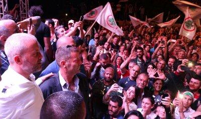 """""""المسيرة"""": منطقة دير الأحمر والبقاع الشمالي تعيش حلماً تحقق قالت الختيارة: يا منردّ ضيعتنا يا ما منردّا"""