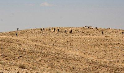 الجيش يضع النقاط على الحدود