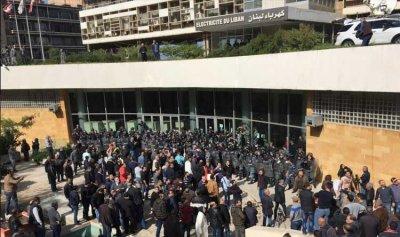 الاحتجاجات في الشارع كيف تصرف انتخابيًا؟