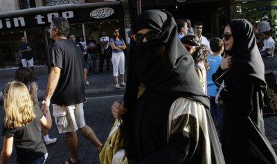 """هل يدفع لبنان ثمن حروب """"حزب الله""""؟ ( سيمون سمعان)"""