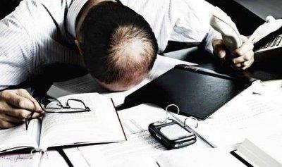 العمل لساعات طويلة يقتل مئات الآلاف سنويا