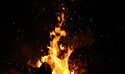 حريق محوّل للطاقة الكهربائية في عكار