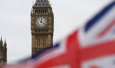 """315 وفاة و6385 إصابة جديدة بـ""""كورونا"""" في بريطانيا"""