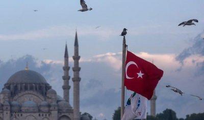 تركيا ترحل 11 فرنسياً