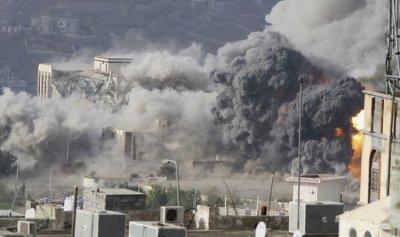 """مقتل 5 أشخاص في هجوم إنتحاري مزدوج في عدن من توقيع """"داعش"""""""