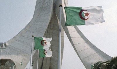 """إصابات """"كورونا"""" تعاود الارتفاع في الجزائر"""