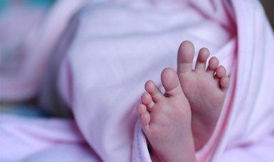 العثور على طفل حديث الولادة أمام مدخل دير اخوات يسوع المصلوب في مشحلان