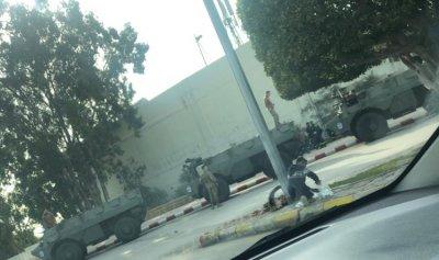 بالصورة: انتشار أمني كثيف على طريق المطار