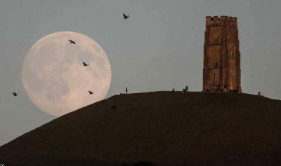 بالفيديو: يوم من الحياة على سطح القمر!