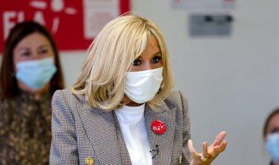 زوجة ماكرون تخضع للحجر الصحي بعد مخالطتها لمصاب