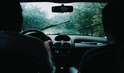 كم ثانية تحتاج لتحرك سيارتك بعد تشغيلها في الشتاء؟