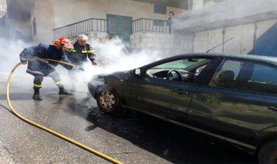 حريق داخل سيارة على طريق كفرمان
