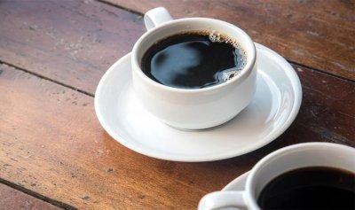 تجنبوا تناول الحلويات مع القهوة