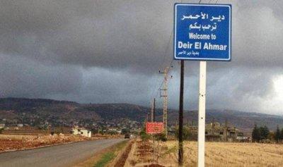 مسلاحون يسرقون سيارة على طريق ايعات – دير الأحمر