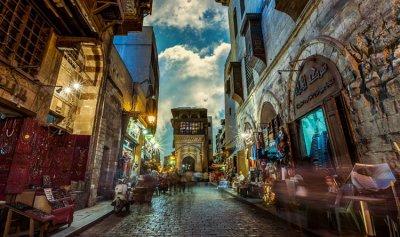 ما مصير الدولار بعد خفض أسعار الفائدة في مصر؟