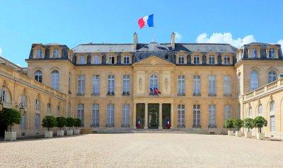 إحباط محاولة انقلاب في فرنسا