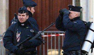 رجل حاول اقتحام مسجد بسيارته في فرنسا