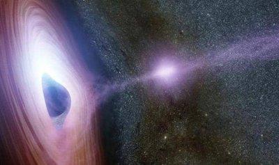بريقٌ في الثقب الأسود يحير العلماء