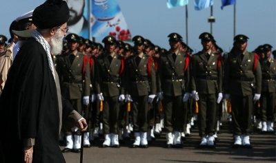 الحرس الثوري الإيراني يحذر الإمارات من هجمات