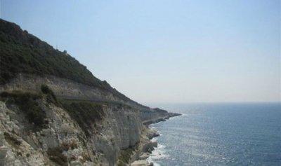 زورق إسرائيلي في المياه الإقليمية اللبنانية